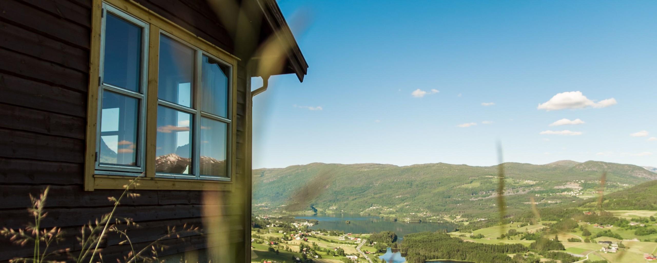 Utsikt frå hytte i Bavallen. Foto: Jon Hunnålvatn Tøn